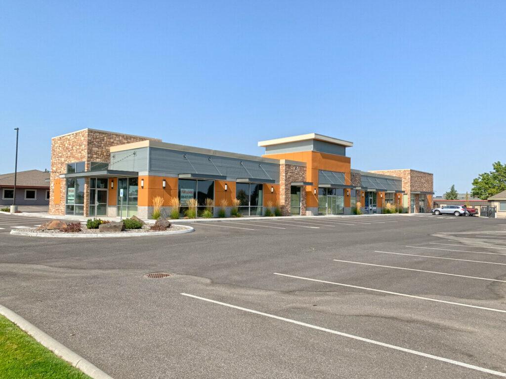 Burden Road Retail Building Photo